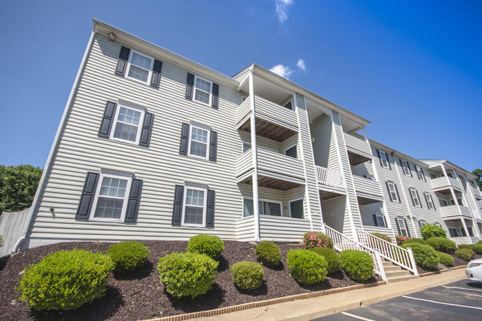 Charlottesville apartments blue ridge apartment council for One bedroom apartments in charlottesville va